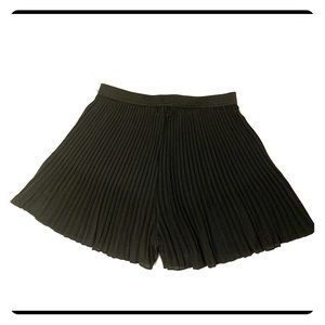 Shorts - Pleated shorts